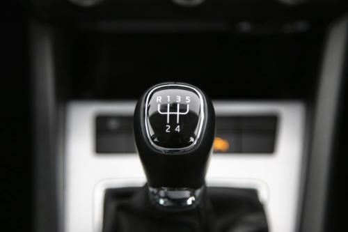 SKODA Octavia Combi Style GreenTec 1.6 TDI + GPS + LEDER + PDC + CRUISE + XENON + TREKHAAK + ALU 16