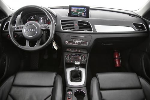 AUDI Q3 SPORT 2.0 TDI + GPS + LEDER + CAMERA + PDC + PANO + CRUISE + ALU 17 + XENON