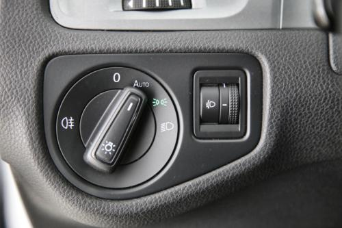 VOLKSWAGEN Golf 1.6 TDI TRENDLINE + GPS + PDC + CRUISE + AIRCO