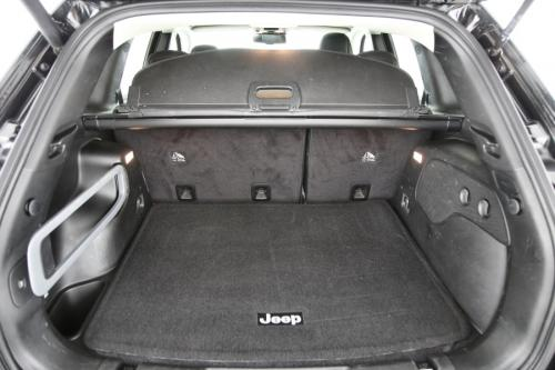 JEEP Cherokee LIMITED 2.2MJD 4x4 ACTIVE DRIVE + A/T+ GPS + LEDER + CAMERA + PDC + PANO + CRUISE + ALU 18