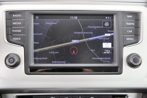 VOLKSWAGEN Passat Variant 1.6 TDI DSG COMFORTLINE + GPS + CAMERA + PDC + CRUISE + AIRCO + ALU 16