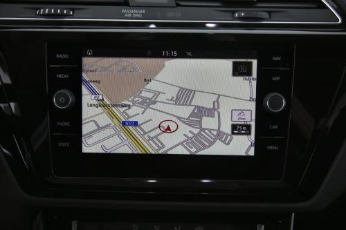 VOLKSWAGEN Touran HIGHLINE  1.5TSI DSG7 + GPS + CAMERA + PDC + CRUISE + AIRCO + ALU