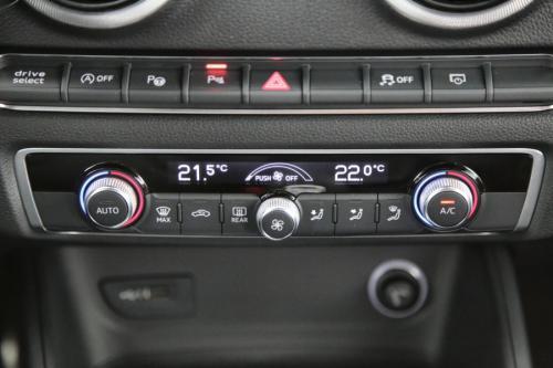 AUDI S3 QUATTRO SPORTBACK 2.0TFSI S-TRONIC + GPS + LEDER + CAMERA + PDC + CRUISE + ALU 18 + XENON