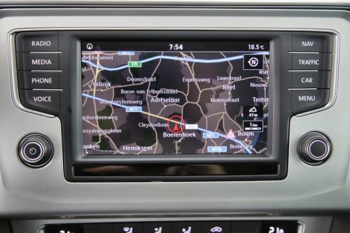 VOLKSWAGEN Passat Variant COMFORTLINE 2.0 TDI + GPS + CAMERA + PDC + CRUISE + ALU 16