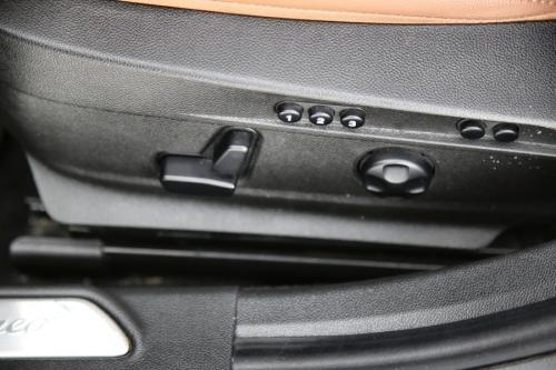 ALFA ROMEO Giulia VELOCE 2.0 GME T4 AWD + GPS + LEDER + PDC + CRUISE + ALU 18