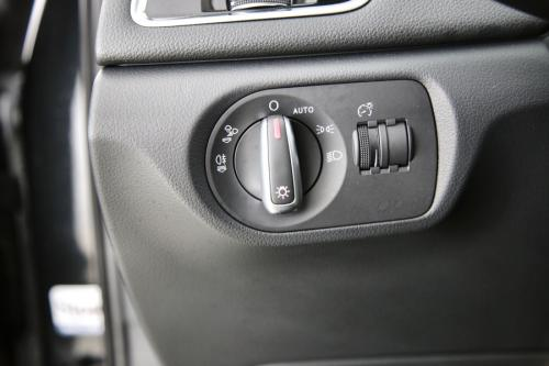 AUDI Q3  ULTRA 2.0 TDI + GPS + LEDER + PDC + CRUISE + PANO DAK + ALU 16 + XENON