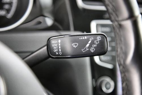VOLKSWAGEN Golf HIGHLINE BMT 2.0 TDI + GPS + LEDER + PDC + CRUISE + TREKHAAK + ALU 16 + XENON