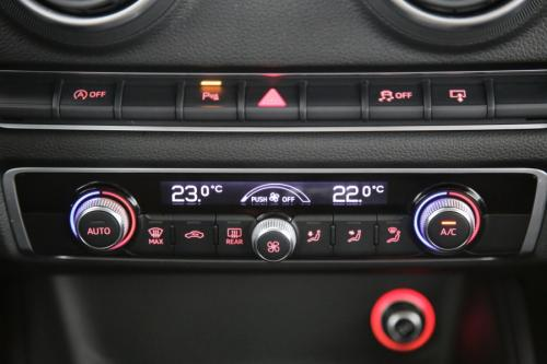 AUDI A3 BERLINE ATTRACTION 1.6 TDI + GPS + PDC + CRUISE + AIRCO + ALU 16