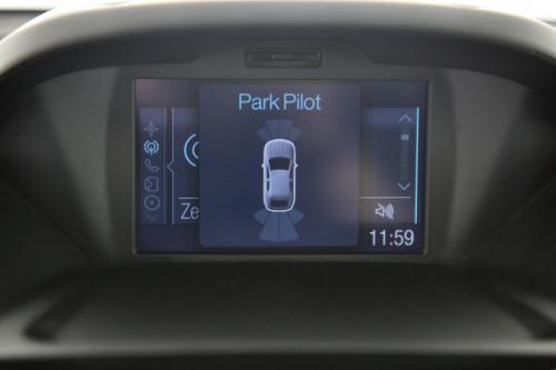 FORD B-Max TITANIUM 1.5 TDCI + GPS + PDC + TREKHAAK + ALU 16