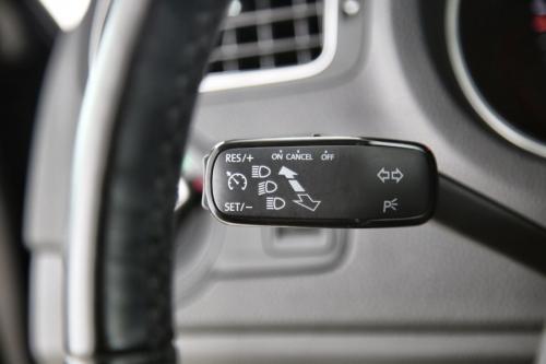 VOLKSWAGEN Polo  COMFORTLINE 1.4 TDI BMT + GPS + PDC + AIRCO