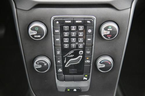 VOLVO V40 BLACK EDITION 2.0T2 + GPS + PDC + CRUISE + AIRCO + ALU 16