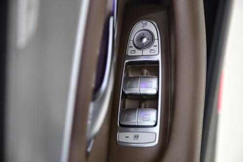 MERCEDES-BENZ E 220 BREAK AVANTGARDE LAUNCH ED.DA 9G-TRONIC + GPS + CAMERA + PDC + CRUISE + ALU 17
