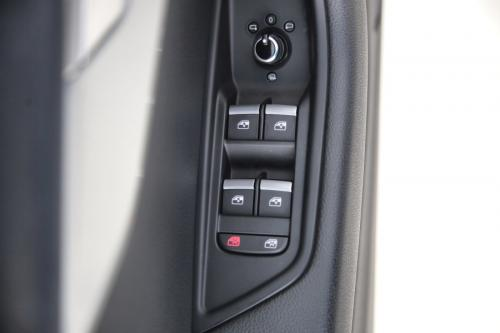 AUDI A4 AVANT 2.0 TDI ULTRA S-TRONIC + GPS + LEDER + PDC + CRUISE + ALU 17