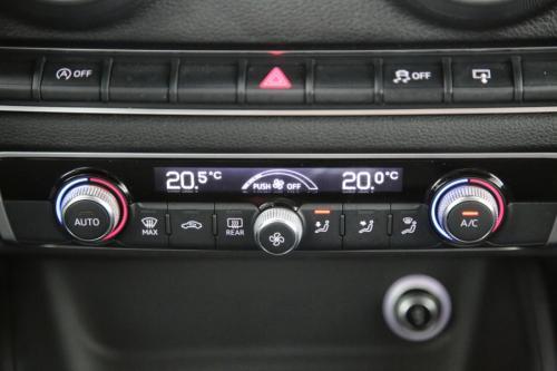 AUDI A3  SPORTBACK 1.6 TDI + GPS + PDC + CRUISE + AIRCO + ALU 16 + XENON