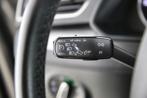SKODA Superb  COMBI STYLE 1.6 TDI DSG + GPS + CAMERA + PDC + CRUISE + ALU 17 + XENON