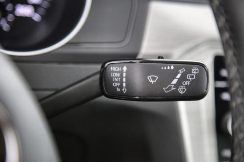 VOLKSWAGEN Passat Variant TRENDLINE 1.6 TDI + GPS + CAMERA + PDC + PANO DAK + CRUISE + TREKHAAK + ALU 16