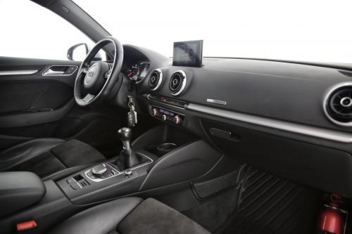 AUDI A3 S-LINE SPORTBACK AMBITION 1.6 TDI + GPS + PDC + CRUISE + ALU 17+ XENON